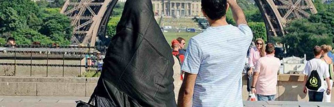 Burqa e Niqab. Chi li ha visti?